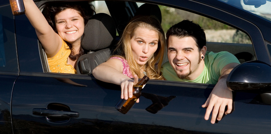 essay on teenage drinking and driving Persuasive speech on underage drinking society it's affecting teenagers of emergency room visits are a result of drinking and driving.
